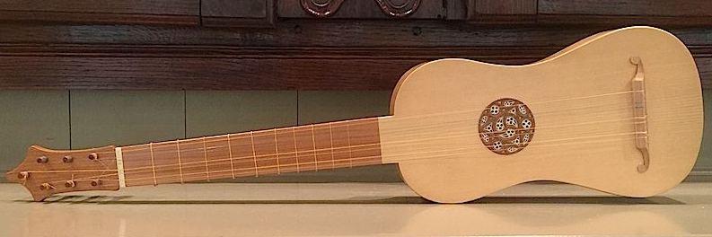 ukulele-sized 4-course renaissance guitar